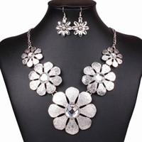 Cheap Earrings & Necklace Women Alloy Necklace Best Alloy Bohemian Pendant Necklace