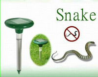 Wholesale 2014 spring amp summer garden guard protect Solar snake repellent with colored LED light