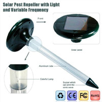 Wholesale new arrival hot sell garden guard protect Solar Mole Repeller with LED Light retails