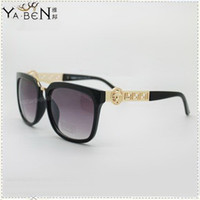 Wholesale Designer Gold Chain Medusa Sunglasses With Italy Brand Logo Men Women Sun glasses Eyewear