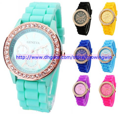 Wholesale 100pcs Unisex Men Women s Geneva Diamond watch fashion rubber silicone jelly candy stone crystal watches with eyes