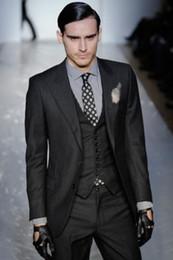 Two Button Slim Fit Groom Tuxedos Charcoal Grey Best man Peak Lapel Groomsman Men Dinner Wedding Suits Bridegroom(Jacket+Pants+Tie+Vest)J371