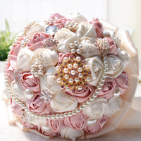 Wholesale Luxurious ivory Art handmade Wedding Bouquet Shining diamond pearl Crystal ribbon artificial roses beige bride holding flowers