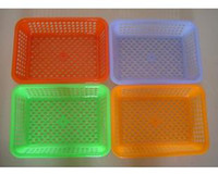 Wholesale Supermarkets do not throw rotten square jewelry gift silk wash basket plastic sieve fruit sieve small basket
