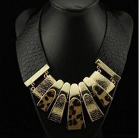 Wholesale New arrival Fashion Sexy Black Leather Wide Chain Metal Horsehair Leopard Print Heavy Metal Collar Necklace F12