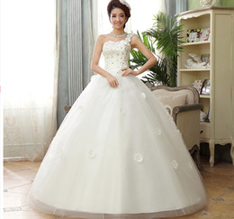 Wholesale Newest Design Fashion Tulle Strapless In Stock Wedding Dresses stomacher stereo flower one shoulder wedding dresses