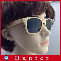 Wholesale 2013 hot fashion wood sunglasses Oculos de sol men women wooden sun glass retro vintage absuda bamboo eyewear wood glasses