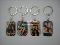 Wholesale New Arrived One Direction Picture Keychain Plastic Key Ring with1D Poster Dog Tag Keychain Set