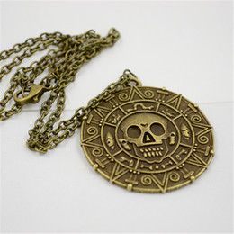 Wholesale Pirate Necklace Sweater chain necklace pendant pirate coins Caribbean American retro round skull captain Jack bronze