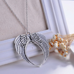 Wholesale Wing necklace Angel Wings Heart Pendant Necklace Fashion Jewelry Valentine s Day to send his girlfriend wife gift
