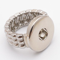 Wholesale D00050 newest fashion noosa ring with adjustable size snap button chunk rings