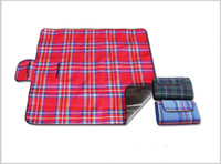 Wholesale Polar fleece cm Waterproof Outdoor picnic rug pad crawling mat Picnic mat Camping Moistureproof Mat Plaid Blanket