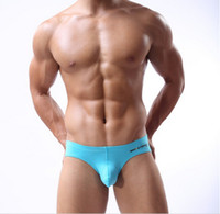 Wholesale New listing Sexy Europe and America Mens Summer Underwear fashion Breathable Stretch Meterial Low waist sexy Men s briefs