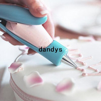plastic nozzle - New Arrival Plastic Practical Cake Decorating Icing Piping Tool Nozzles Icing Bag Cake Tools WKCF dandys