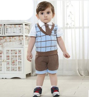 Wholesale Infant Baby Boys Suits Set White Short Sleeve Square Neck T shirt Plard Gird Badge Vest Sports Shorts With Brown Tie Boy s Set F0524
