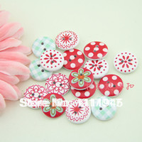 Wholesale lovely flowers wooden decorative buttons garment accessorie painted wooden buttons sewing accessories