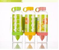 Plastic CE / EU Eco-Friendly 2014 hot sell Citrus Zinger Fruit Infusion Water Bottle,Citrus Zinger Water Bottle with Citrus Juicer, Lemon cup