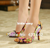 Wholesale New Spring Closed Teo Pointed Toe Thin Heels High Heeled Shoes Elegant Ultra High Heels Floral Blue Yellow Shoes ZR3341