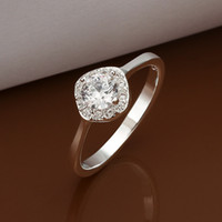 Wholesale Fashion Silver Cute Clear Round Gemstone Ring Zircon Ring Diamond Ring Ladies Rings Jewelry Size