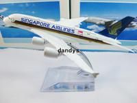 al por mayor regalo de singapur-Envío Gratis!A380 de Singapore Airlines modelos de avión,16cm de metal AIRLINES MODELO de AVIÓN,el airbus prototipo de máquina,regalo de Navidad, dandys