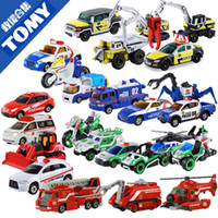 Wholesale TOMY alloy car models genuine counter multi Carolina Auto World HR HB HBP car Doll Set
