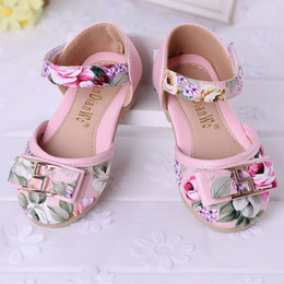 Wholesale Small Sizes New Colors Girls Children Fashion Floral Printed Sandals Girls Kids Summer Floral Casual Sandals With Metals Sign