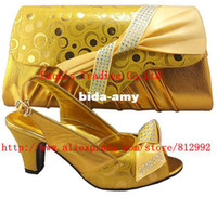 Wholesale NEW ARRIVAL Lady italian shoes with matching bags gold