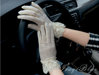 Wholesale women s fashion lace back cotton driving glove touch screen glove for UV protection WG353