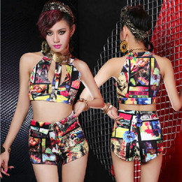 Wholesale New Arrival Sexy Singer Colorful Graffiti Printing Design DJ Split Suits Show Clothing Party Dancer DS Costumes Hip Hop Nightclub Stage Wear