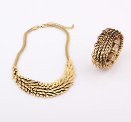 Wholesale Antique Gold Fish Scale Necklace Bracelet Jewelry Set Hip Hop Punk Spilliness Choker Statement Necklace Bracelet Jewelry Set