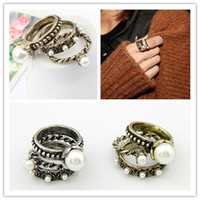 Wholesale Multi ring Exaggerated fashion personality temperament wild female pearl multi ring ring sets c132