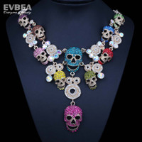 Wholesale womens skeleton costume skull choker necklace crystal multi colore necklace collar necklace fashion statement skeleton jewelry