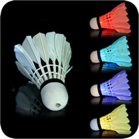 Wholesale New Dark Night LED Badminton Shuttlecock Birdies Lighting LED Light Badminton Red Blue Green Flashlight Novelty Lighting Colorful Badminton