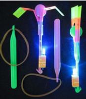 Descuento grande de la venta del envío del ccsme caliente LED Volar los juguetes de los niños paraguas flecha increíble helicóptero # K07629
