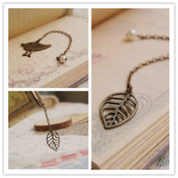Wholesale Vintage Hollowed Leaf Bird Hook Bookmarks Metal Pearl Bookmarks for Beading sq004