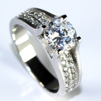 Wholesale High Quality Top AAA Austria CZ Imitation Diamond Ring New Model Sterling Silver Jewelry Vintage Rings for Women Crystal CZ