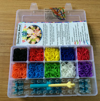Wholesale rainbow loom bands kit Bracelet clear plastic box for Kids DIY bracelets come with rubber bands clips hook