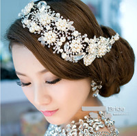 Wholesale Vintage Wedding Bridal Crystal Rhinestone Pearls Hair Accessories Flowers Pieces Pins Headband Beaded Princess Tiara Jewelry Suppliers