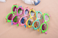 Wholesale Children sunglasses latest candy color uv protection sunglasses Children gift sunglasses Plastic frame Comfortable and lighter HY588