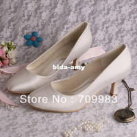 Wholesale Individually Handmade Bridal Shoes Low Heels Ivory Satin Wedding Pumps Closed Toes Dropshipping