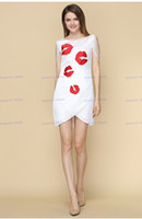 Round artistic lips - Brand New Europe and America Fashion Pure Manual Embroidery Stereo Felling Sexy Red Lips Artistic Tassels Slim Dress