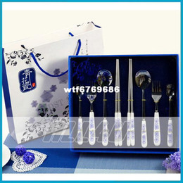 Wholesale Blue and white porcelain dinnerware set stainless steel chopsticks ceramic tableware coffee spoon t spoon