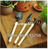 Wholesale Reinforced small gardening tools mini three set shovel rake spade gardening supplies practical set