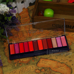 Wholesale 12 colors lipgloss platte moisturizing board lip gloss box lipstick pallette