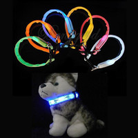 pet strap - Adjustable Pet Luminous Dog Cat Glow Nylon Night Flashing Light Up Safety Collar Necklace LED Strap Buckle Colors dandys