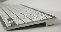 Wholesale Wireless Bluetooth keyboard for ipad ipad mini iphone4 S android device apple universal Bluetooth keyboard