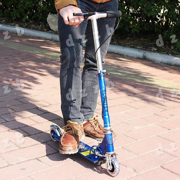 Gratuit 100mm de livraison PVC roue curseur Scooter Winged poussoir Mouvement Drifter Flicker Speeder pour les enfants Enfants, dandys