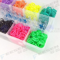 Wholesale Rainbow Loom Kit Rainbow Loom DIY Rubber Wrist Bands Bracelets with bands clips Hook PP Plastic Case