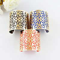 leather cuff bracelet - Designer Jewelry Bijoux Women Gold Color Alloy Hollow Out Punk Style Colorful Pu Leather Cuff Bracelets and Bangles