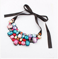 Wholesale Europe and the United States shining exaggerated petals off selling necklace The European and American fashion necklace